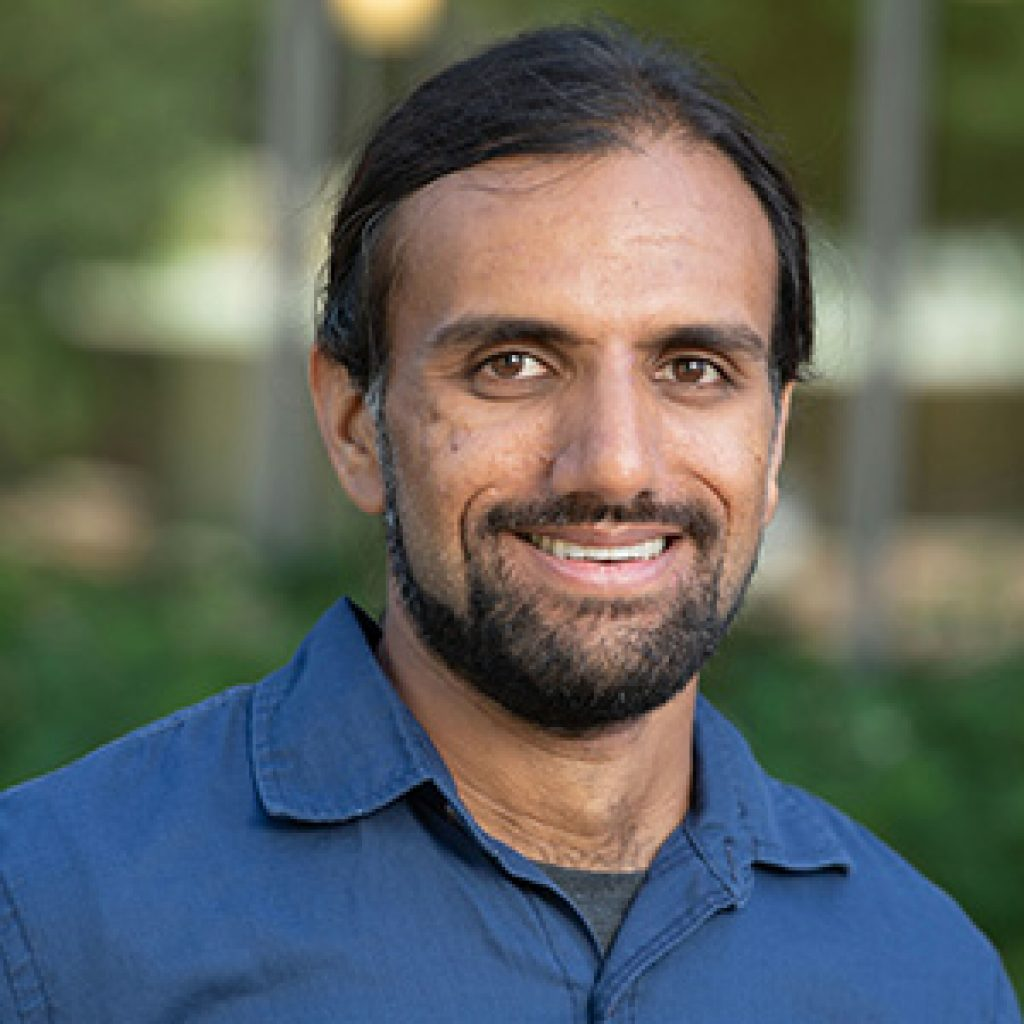 photo of Assistant Professor Nikhil Krishnaswamy
